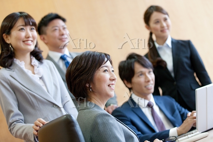 笑顔のビジネスグループ