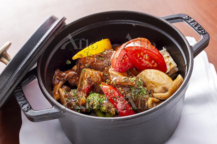 肉と野菜の煮込み