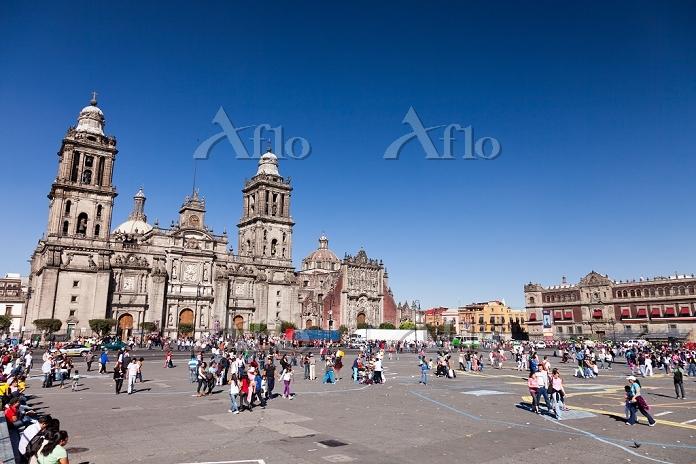 メキシコ メキシコシティ ソカロ広場 旧市街 カテドラル メ・・・