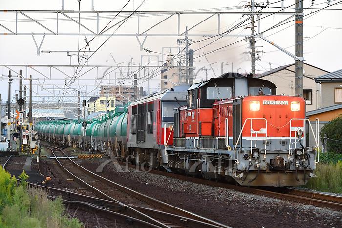 愛知県 関西本線 DD51+DF200牽引貨物列車