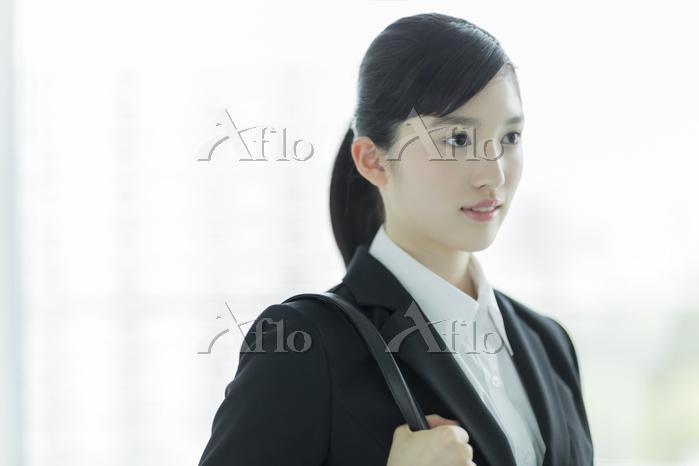 新入社員の日本人ビジネスウーマン