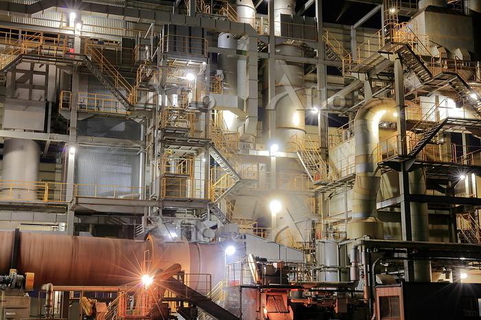 産業廃棄物処理場の工場夜景