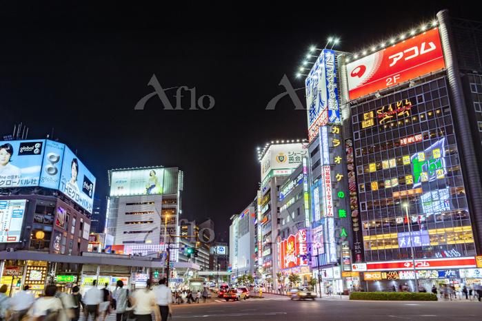 東京都 新宿 繁華街 夜景